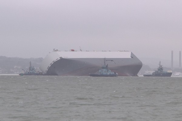 The ship remains listed at 50 degrees. Image © James Hughes