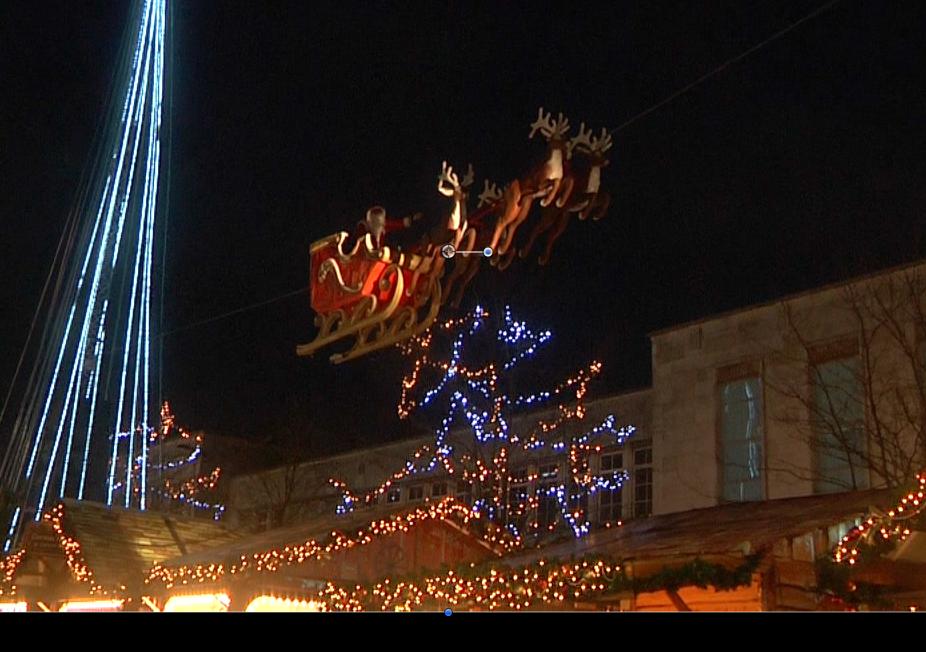 Christmas Market returns to Southampton with Flying Santa show