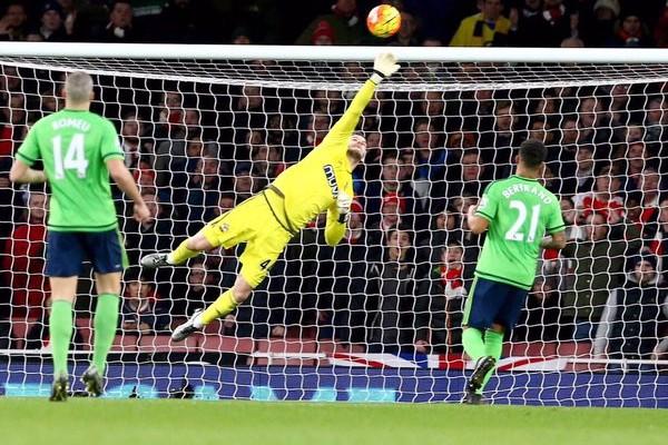 Saints keeper Forster makes a save. (courtesy of @FraserForster Twitter)