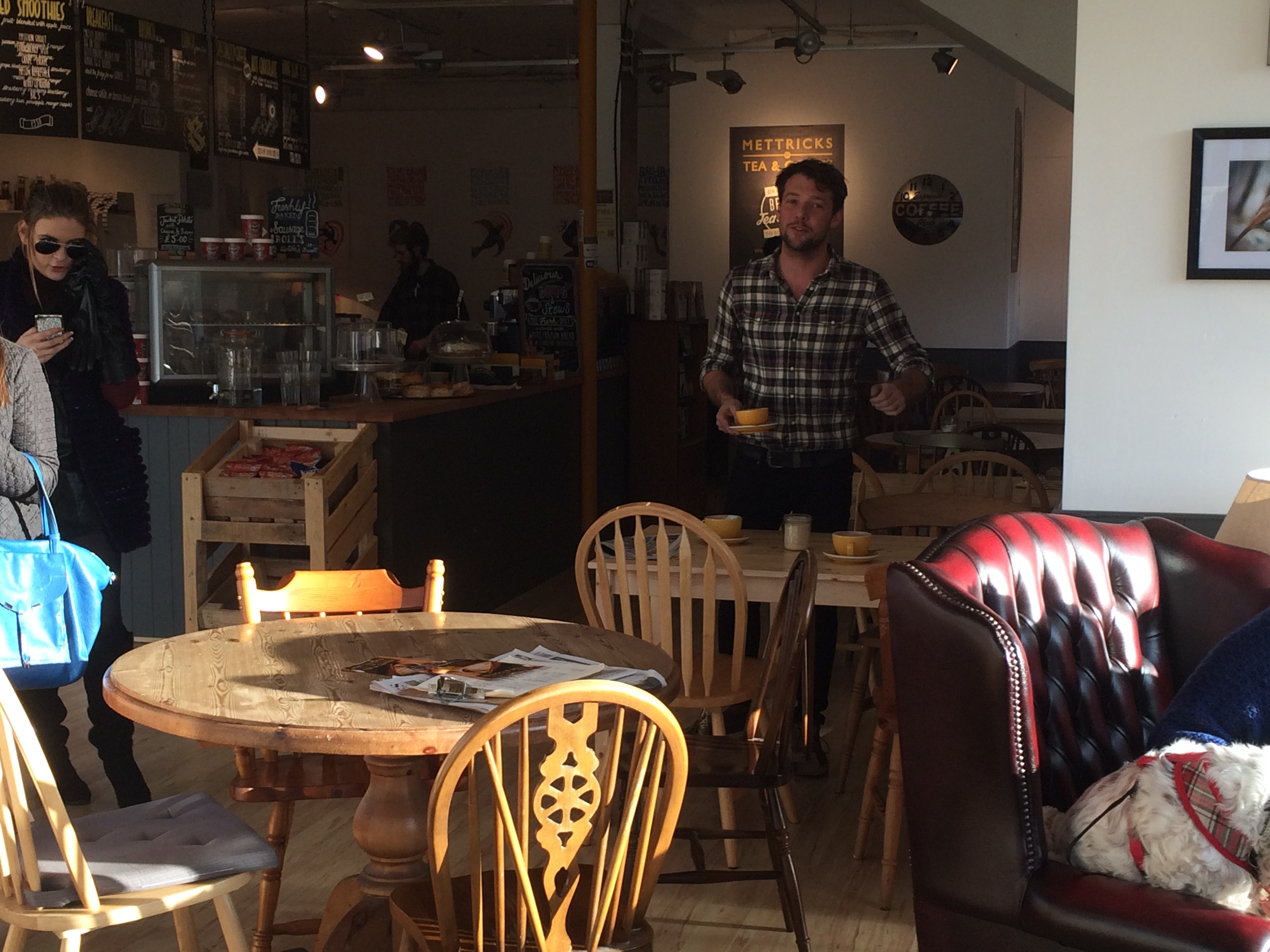 Independent coffee shop swaps price tags for charity donations