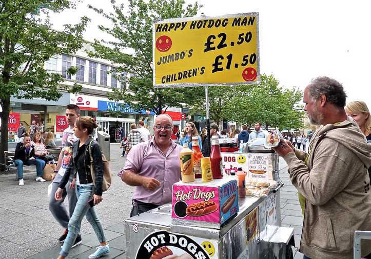 Petition signed to keep street traders in the City Centre