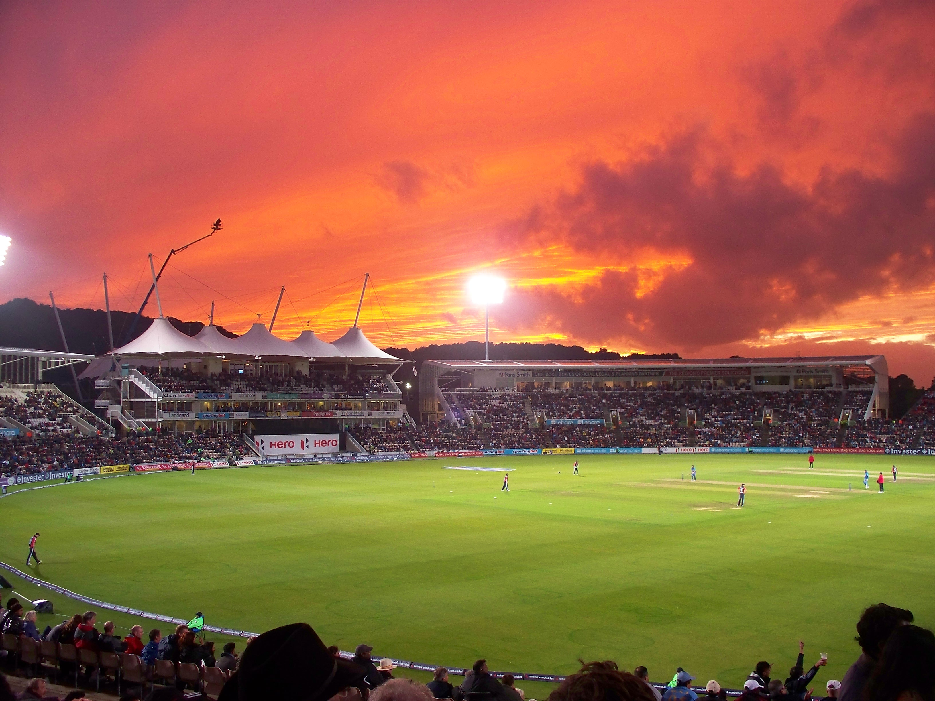 Hampshire Cricket welcome day/night games along with the addition to the Pink Ball