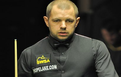 Hawkins favourite to win snooker Shoot Out event