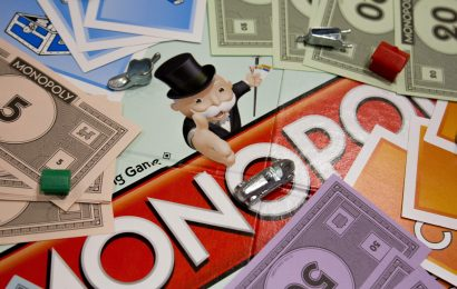 It's National Play Monopoly Day!
